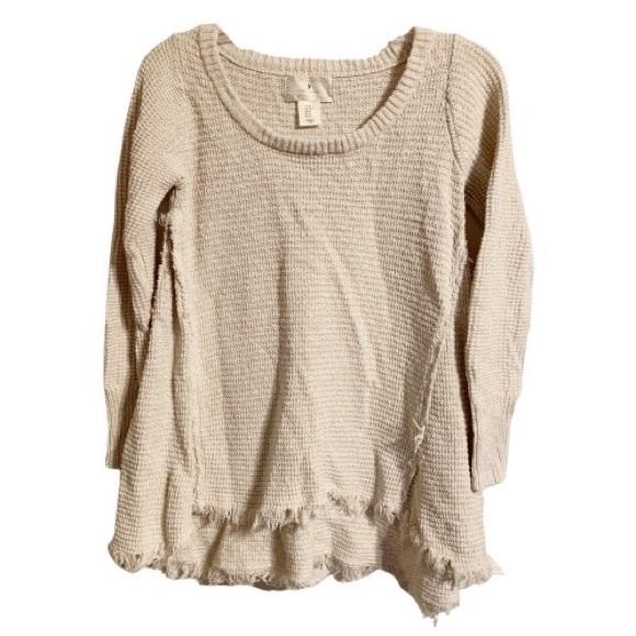 Ruby Moon Cream Knit Round Neck Fringe Hem Sweater